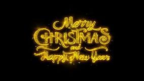 La tipografía de la Feliz Navidad y del Año Nuevo escrita con las partículas de oro chispea la exhibición 2 de los fuegos artific