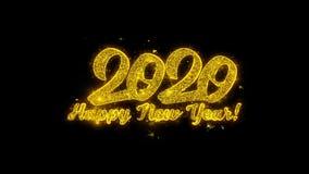 La tipograf?a 2020 de la Feliz A?o Nuevo escrita con las part?culas de oro chispea los fuegos artificiales stock de ilustración