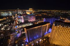 La tira, el hotel y el casino, zona metropolitana, metrópoli, noche, ciudad de Bellagio imagenes de archivo