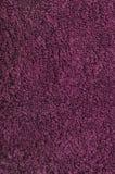 La toalla de baño, carmesí, rosa, vid, frambuesa, rojo, playa turca de la toalla natural de la felpa texturizó el primer macro de Fotos de archivo
