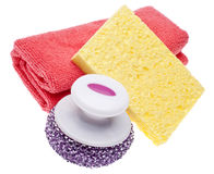La toalla de limpieza, esponja y friega el cepillo Imagen de archivo