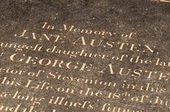 La tomba di Jane Austen nella cattedrale di Winchester, Regno Unito fotografie stock