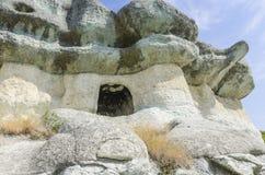 La tomba thracian della roccia fotografia stock libera da diritti