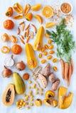 La tonalità arancio ha tonificato i prodotti freschi della raccolta Fotografie Stock Libere da Diritti