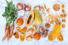 La tonalità arancio ha tonificato i prodotti freschi della raccolta Immagini Stock