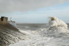 La tormenta Doris golpea Porthcawl, el Sur de Gales, Reino Unido Imagen de archivo