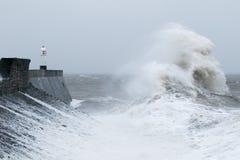 La tormenta Gertrudis golpea Porthcawl, el Sur de Gales, Reino Unido Imágenes de archivo libres de regalías