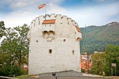 La torre bianca in Brasov, Romania. Fotografie Stock