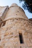 La torre de la esquina de la abadía de Dormition en la ciudad vieja de Jerusalén, Israel Imagen de archivo libre de regalías