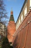 La TORRE DE LA ESQUINA del ARSENAL de la Moscú el KREMLIN Imagen de archivo libre de regalías