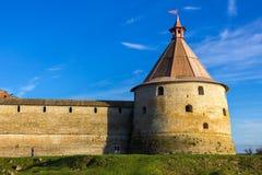 La torre de la fortaleza Oreshek Shlisselburg Rusia foto de archivo libre de regalías