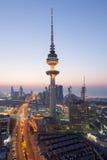 La torre de la liberación en la ciudad de Kuwait Foto de archivo libre de regalías