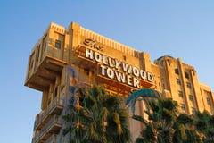 La torre de la zona crepuscular del hotel i de la torre de Hollywood del terror Imagenes de archivo