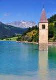 Lago di Resia (Reschensee), Italia Fotografie Stock Libere da Diritti