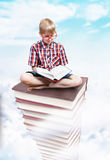 La torre di conoscenza, concetto di istruzione Fotografia Stock Libera da Diritti