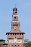 La torre di Filarete del Castello Sforzesco a Milano, Italia Fotografie Stock