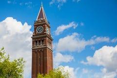 La torre di orologio Fotografie Stock