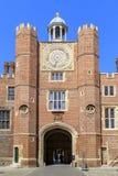 La torre di orologio di Hampton Court Palace, Regno Unito Fotografia Stock