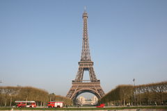 La torre Eiffel, París - 2 Fotografía de archivo