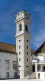 La torre en el patio das Escolas Fotos de archivo