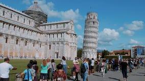 La torre famosa de Pisa - señal importante en Toscana - PISA TOSCANA ITALIA - 13 de septiembre de 2017 almacen de metraje de vídeo