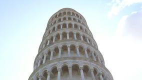 La torre famosa di Pisa - punto di riferimento importante in Toscana - in Toscana stock footage