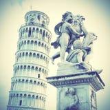 La torre inclinada de Pisa foto de archivo