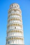 La torre inclinada de Pisa en el cuadrado del milagro. Italia Fotografía de archivo libre de regalías