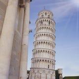 La torre inclinada en Pisa Foto de archivo