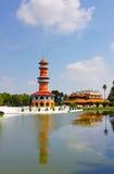 La torre reale tailandese dell'allerta delle salvie e della residenza Fotografie Stock Libere da Diritti