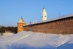 La torre y el chasozvonya metropolitanos de Novgorod el Kremlin Imagen de archivo