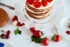 La torta desnuda Imagen de archivo libre de regalías