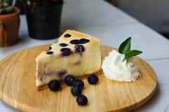 La torta di formaggio del mirtillo fotografia stock libera da diritti