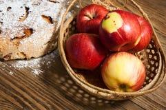 La torta di mele dolce fotografie stock libere da diritti
