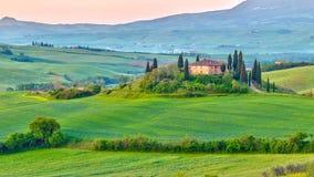 La Toscana alla molla immagine stock