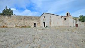 La Toscana, Italia, la chiesa in Populonia fotografie stock libere da diritti