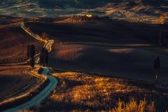 La Toscane, paysage panoramique avec la ferme célèbre Rolling Hills images libres de droits