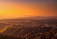 La Toscane, paysage rural de Volterra Le Balze sur le coucher du soleil l'Italie photo libre de droits