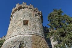 La tour circulaire du château de Levanto, Ligurie, Italie photographie stock libre de droits