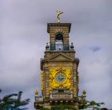 La tour d'horloge à l'hôtel de Chambre de Cliveden Images libres de droits