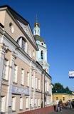 La tour de cloche de l'église de la trinité dans les orfèvres à Moscou Image libre de droits