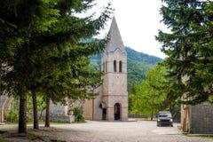 La tour de monastère d'Ostrog Donji Photo libre de droits