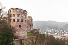 La tour de ruine du château d'Heidelberg à Heidelberg Photo stock