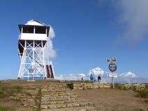 La tour et le Dhaulagiri de surveillance s'étendent de Poon Hill, Népal photos stock