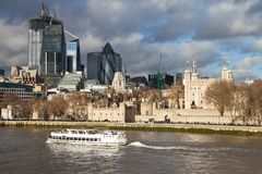La tour et la ville de Londres photos libres de droits