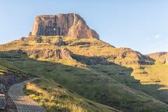 La traînée de sentinelle au Tugela tombe dans le Drakensberg Photographie stock libre de droits