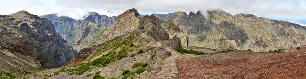 La traccia di escursione vicino a Pico fa Arieiro; Il Madera 02 Fotografia Stock