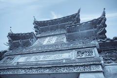 La tradition chinoise a décoré le gatehouse images libres de droits