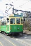 La tranvía clásica verde y amarilla de Melbourne Fotografía de archivo