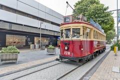 La tranvía del estilo del vintage en el tranvía de Christchurch ofrece un viaje único de la ciudad por la manera clásica de trans Imágenes de archivo libres de regalías